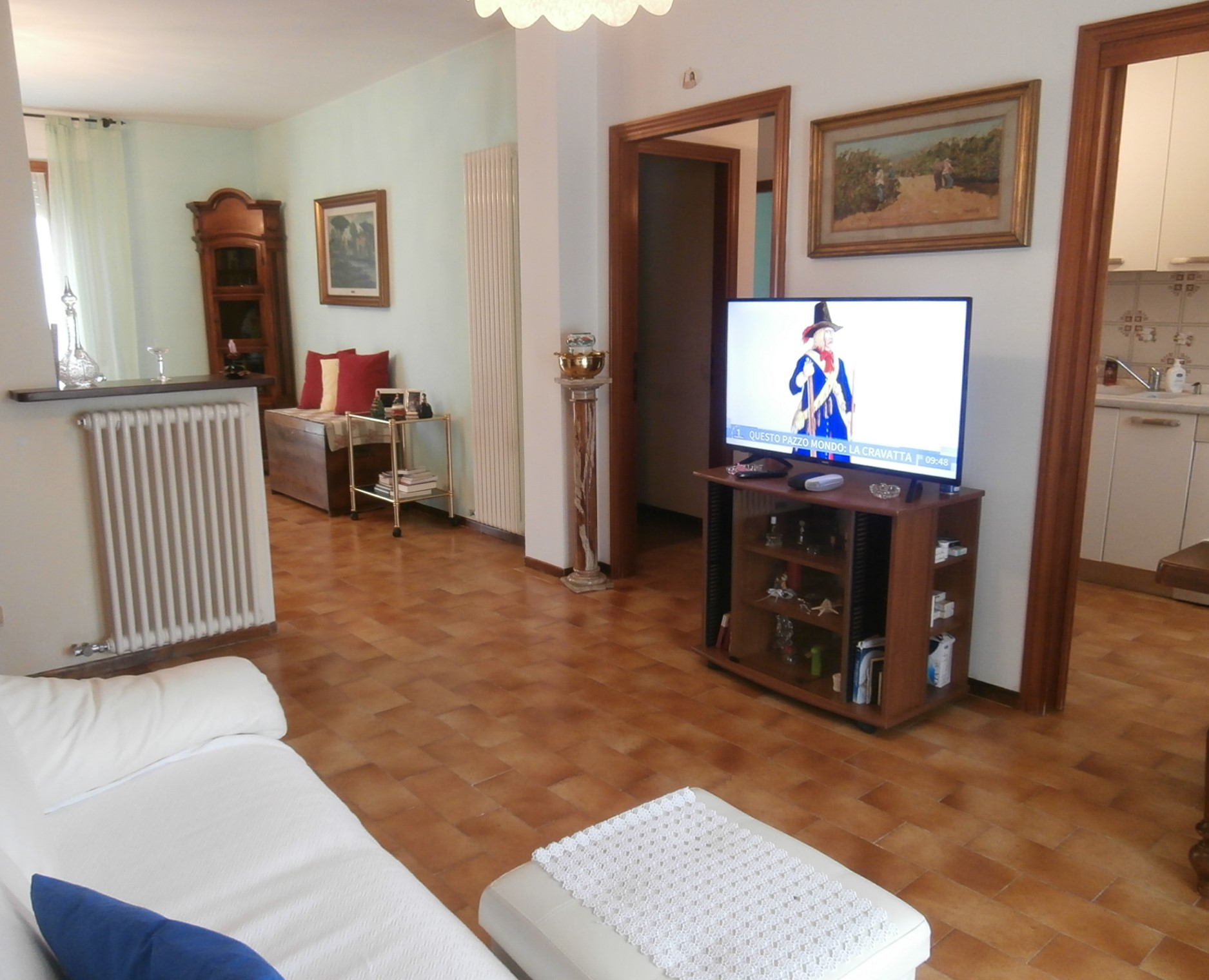 Appartamento con garage zona la Badia